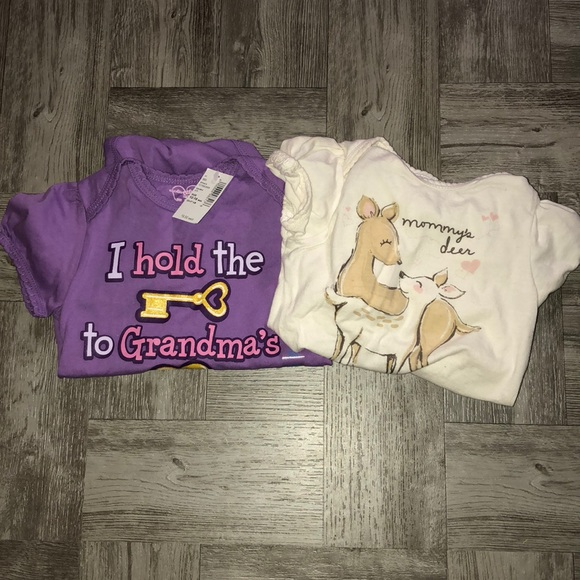 960432fd59 Lot of 2 Onesies - The Children s Place